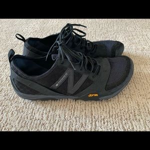 New Balance Minumus Sneakers